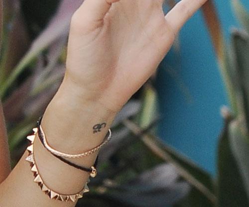 miley-cyrus-tattoo.jpg