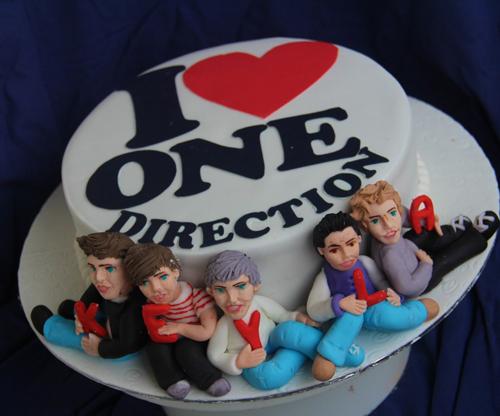 http://content.j-14.com/i/one-direction-cake-5.JPG